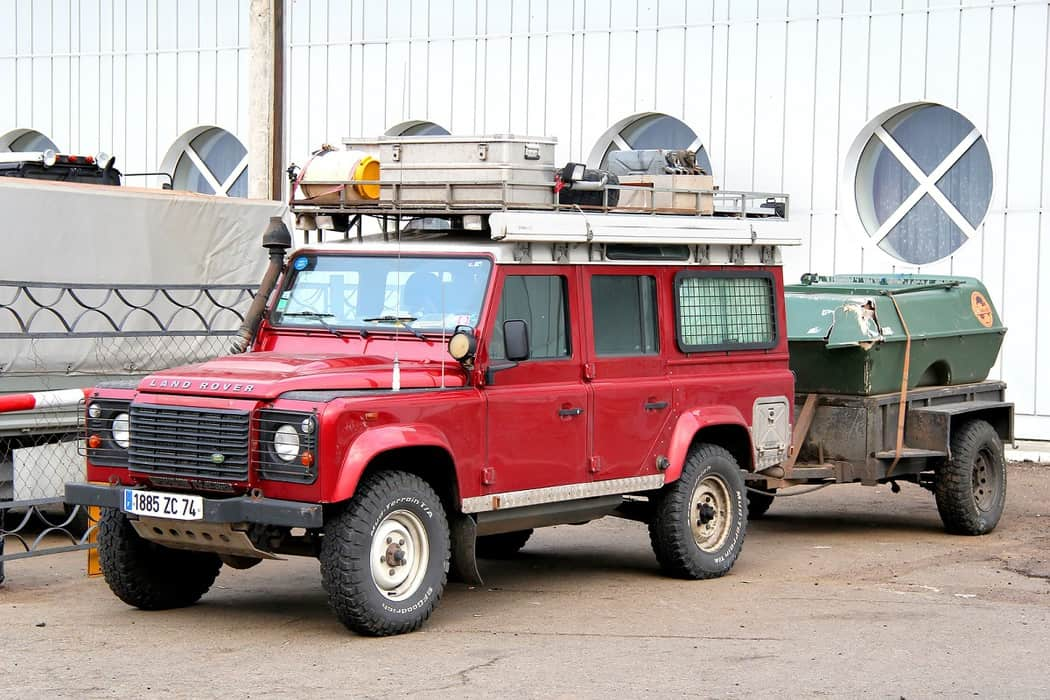 Overlanding With or Without a Trailer - How to Decide